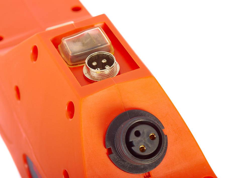 detalle-tijera-poda-bateria-anova-TPB4506