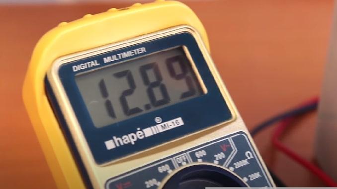 comprobador-carga-baterias