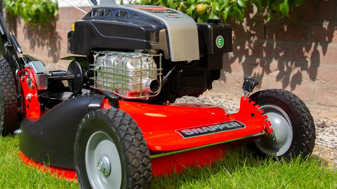 tractor-cortacesped-profesional-snapper