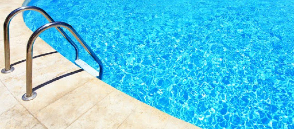 ¿Cuál es el mejor cloro para tu piscina?